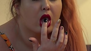 The rubber dick fucked three of my holes, the red-haired fat lady masturbates on the bed to anal orgasm.
