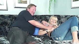 Fat Stepparent Caught His Role of Daughter plus Leman Her Bawdy cleft - to overhead hotcamgirls24 myvideos.club